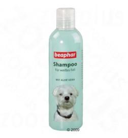 Shampooing pour chien blanc ou de couleur claire