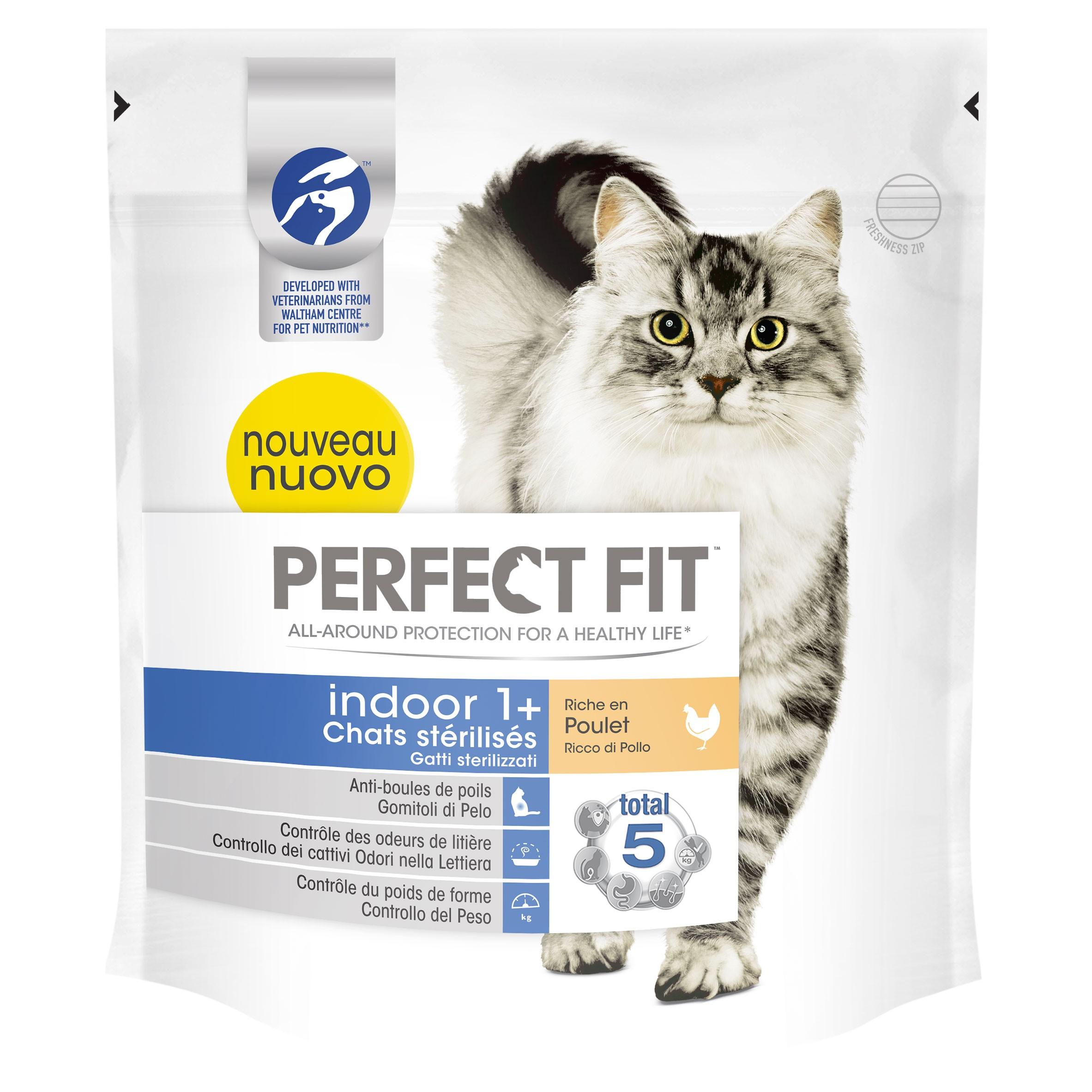 Croquettes Perfect Fit™ Indoor 1+ riche en poulet pour chats d'intérieur stérilisés