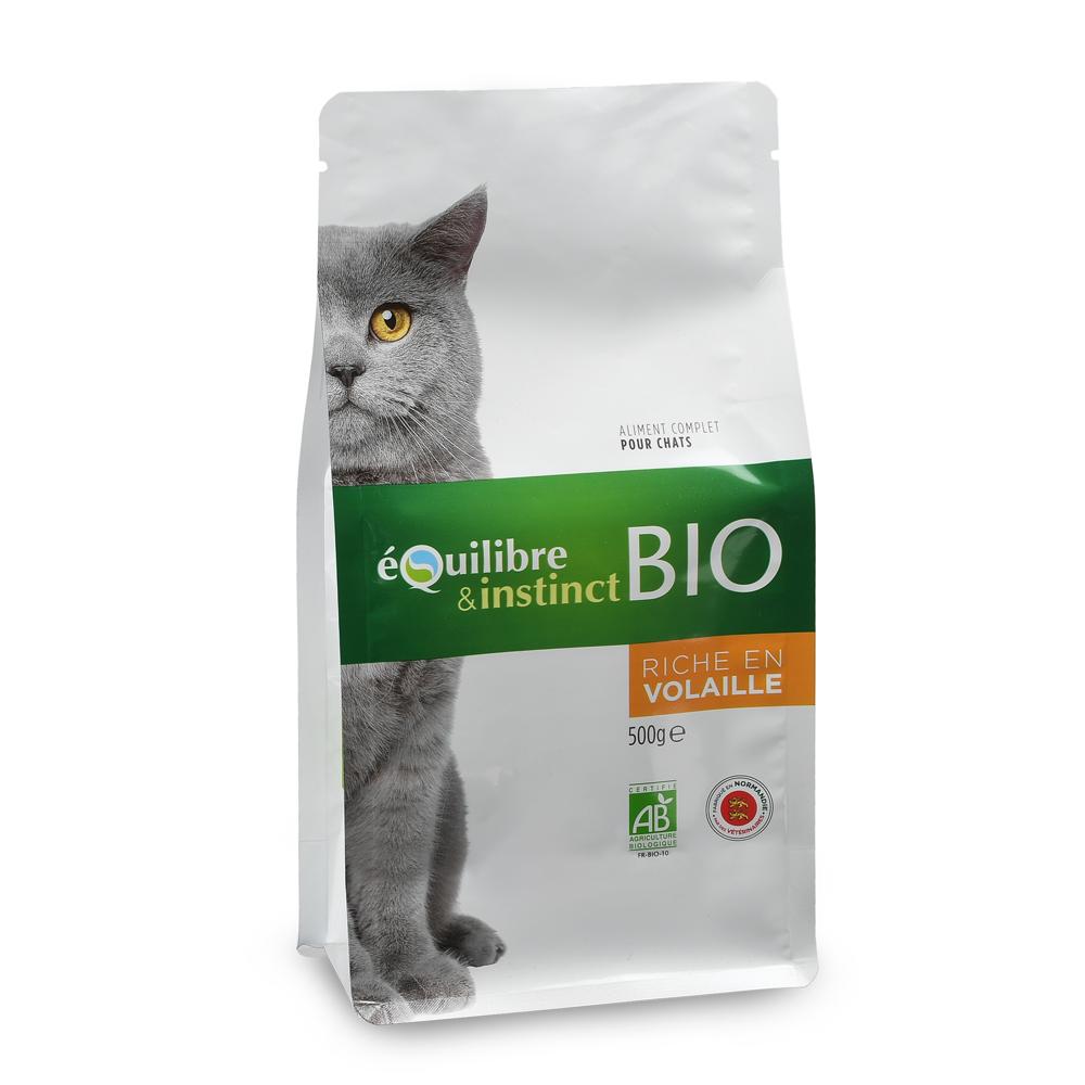 Croquettes pour chat bio de viandes fraîches à la volaille